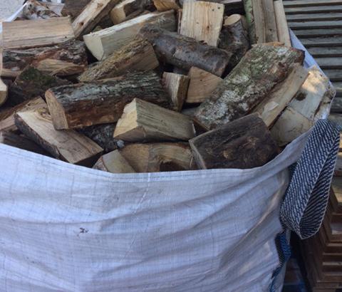Wood 4kg bag 2kg 150